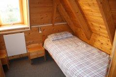 1.OG Kinderzimmer Bett 1