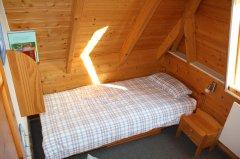 1.OG Kinderzimmer Bett 2